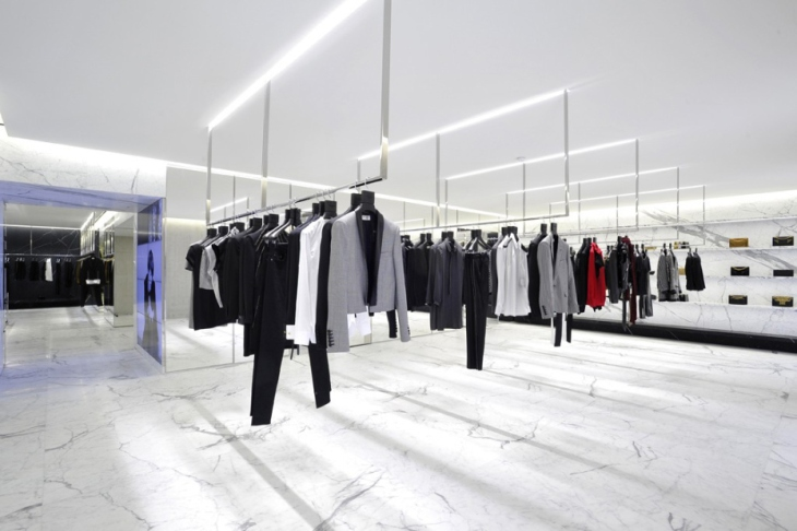 saint-laurents-avenue-montaigne-paris-flagship-boutique-1