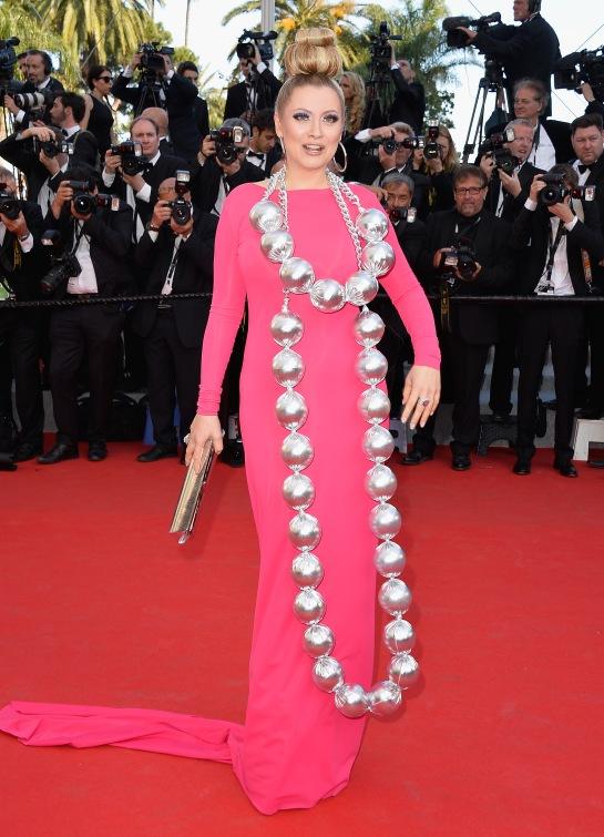 Elena Lenina and her giant balls :O