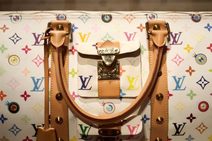Louis-Vuitton-Volez-Voguez-Voyagez_Murakami