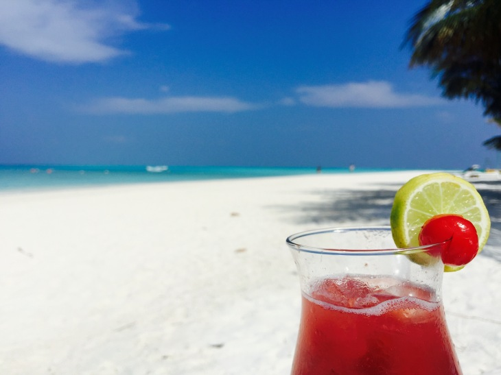 Summer Paradise Cocktail, Maldives © Hailey Edy