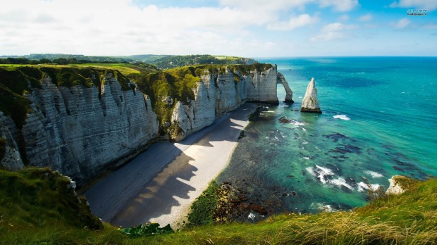 Etretat, White Cliffs © World For Travel