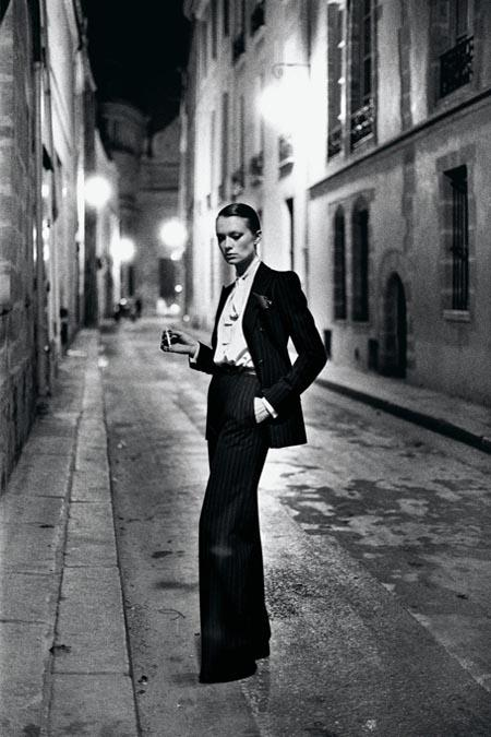 Le Smoking created by Yves Saint Laurent / ©icon icon