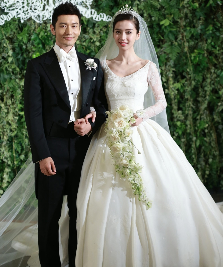 AngelaBaby's Wedding © cloudfront.ne