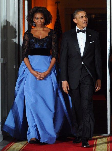 Wearing-Carolina-Herrera-state-dinner-French-President_popsugar.jpg