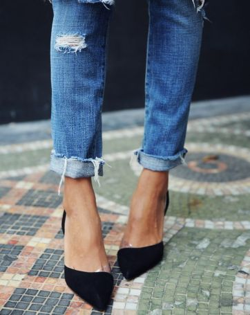 jeans frayed